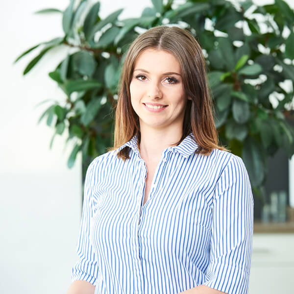 Simone Hofmann - Front- und Back-Office, Event-Management prowin B&T Aalen Ebnat